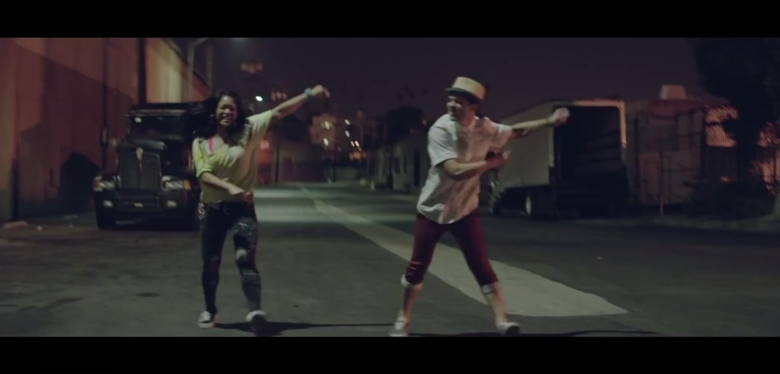 Pharrel Williams - Happy still (3)